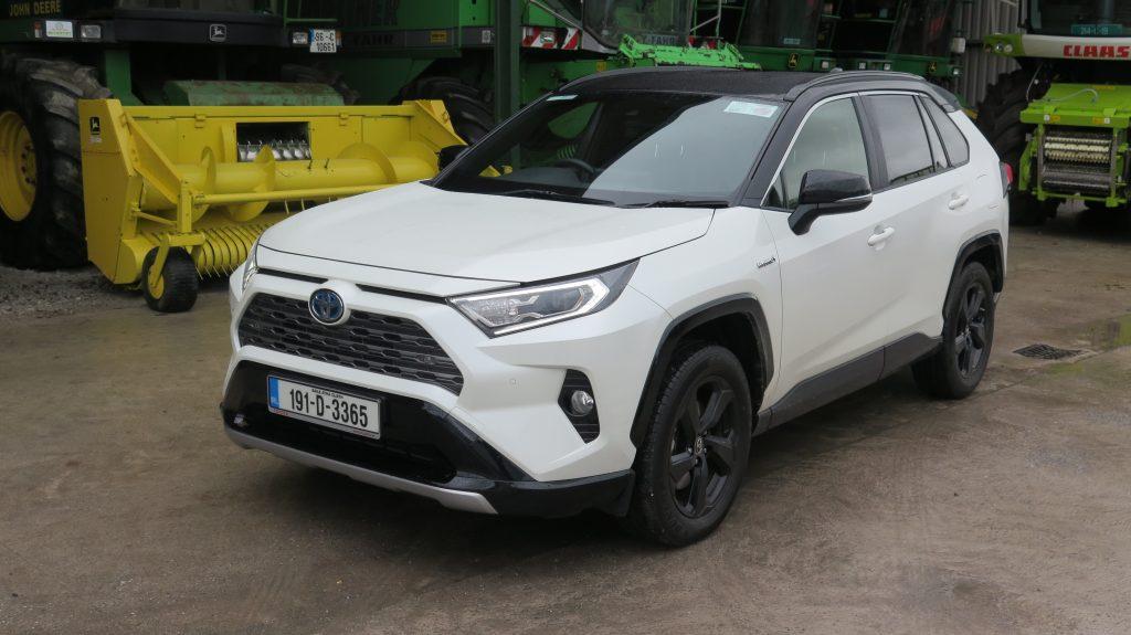 RAV4 Hybrid takes on diesel economy challenge
